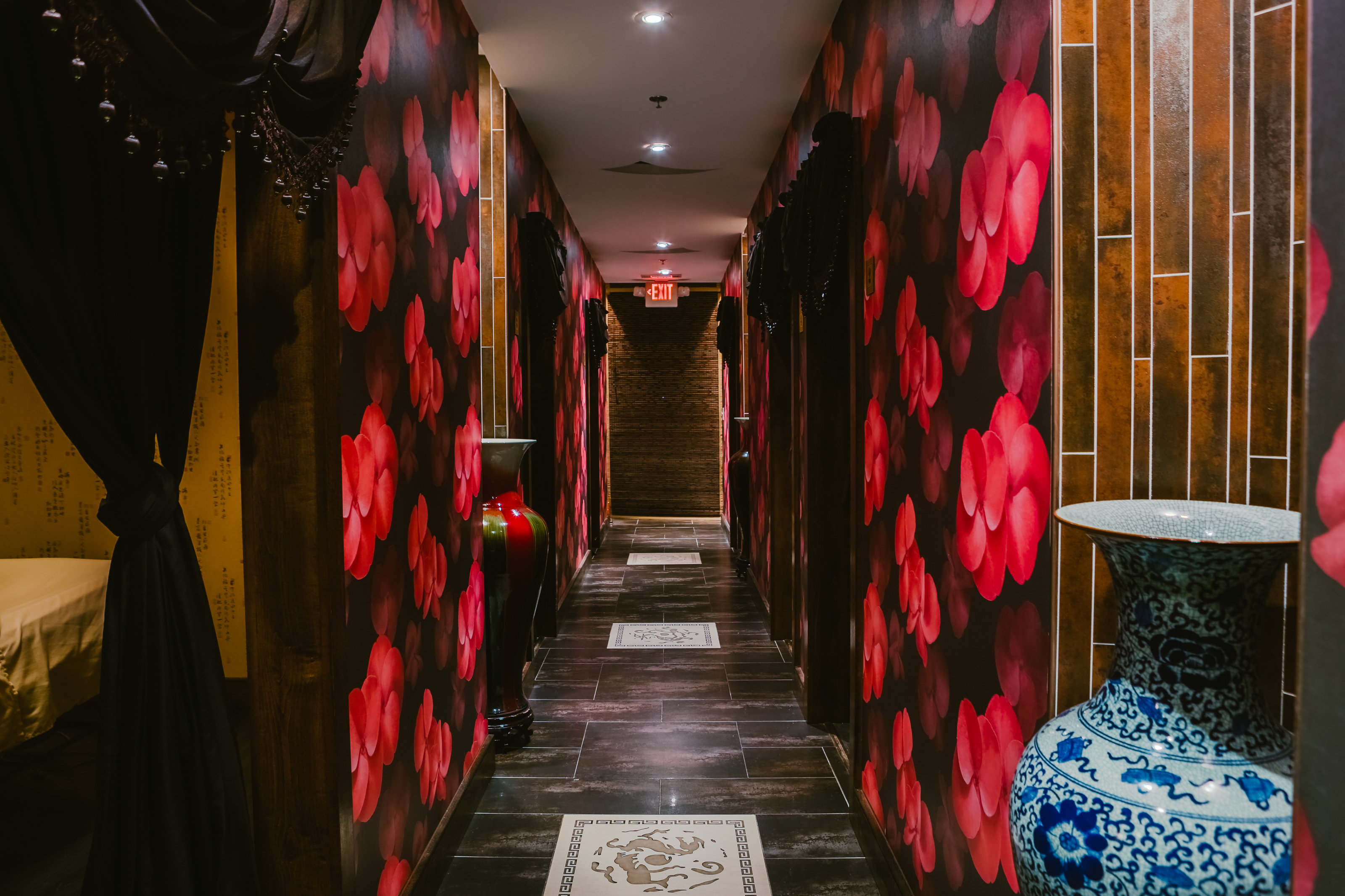 Decorative Hallway at Treat Your Feet Doraville - OTP Atlanta Massage Spa