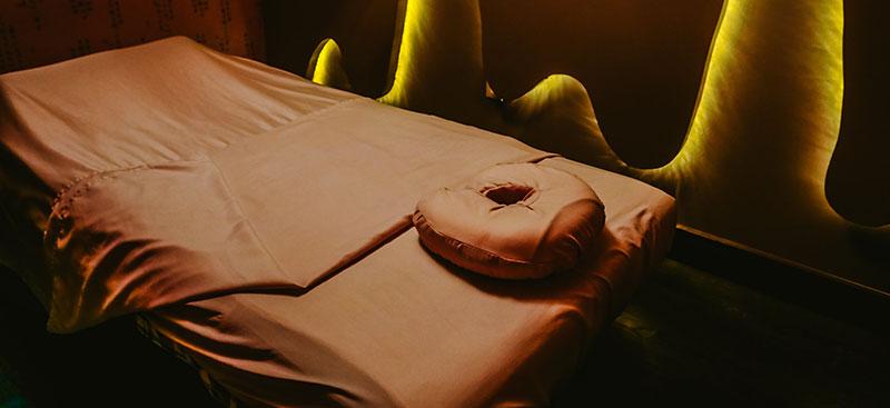 Treat Your Feet Doraville Body Massage Table